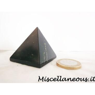 Piramide shungite
